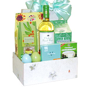 The Easter Table Gift Basket