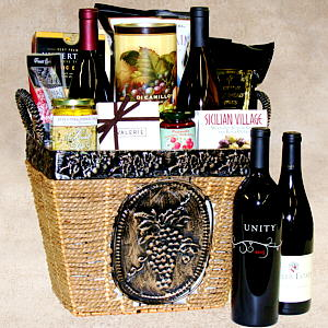 Epicurean Delight Gift Basket