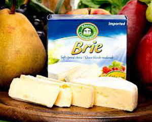 Real Brie made with just Milk and Cultures